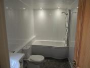 Gelli Aur en-suite bathroom